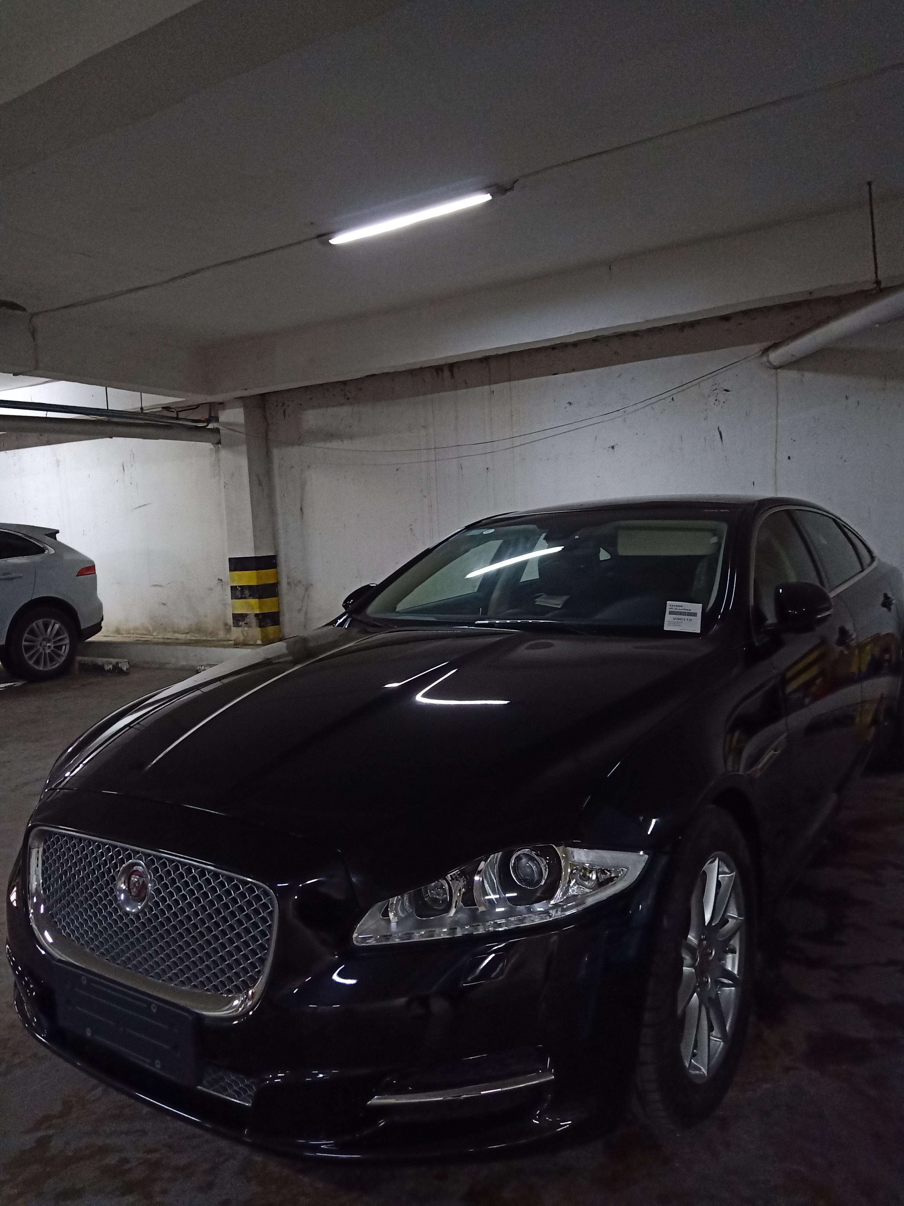 jaguar_xj_2012_used.jpg